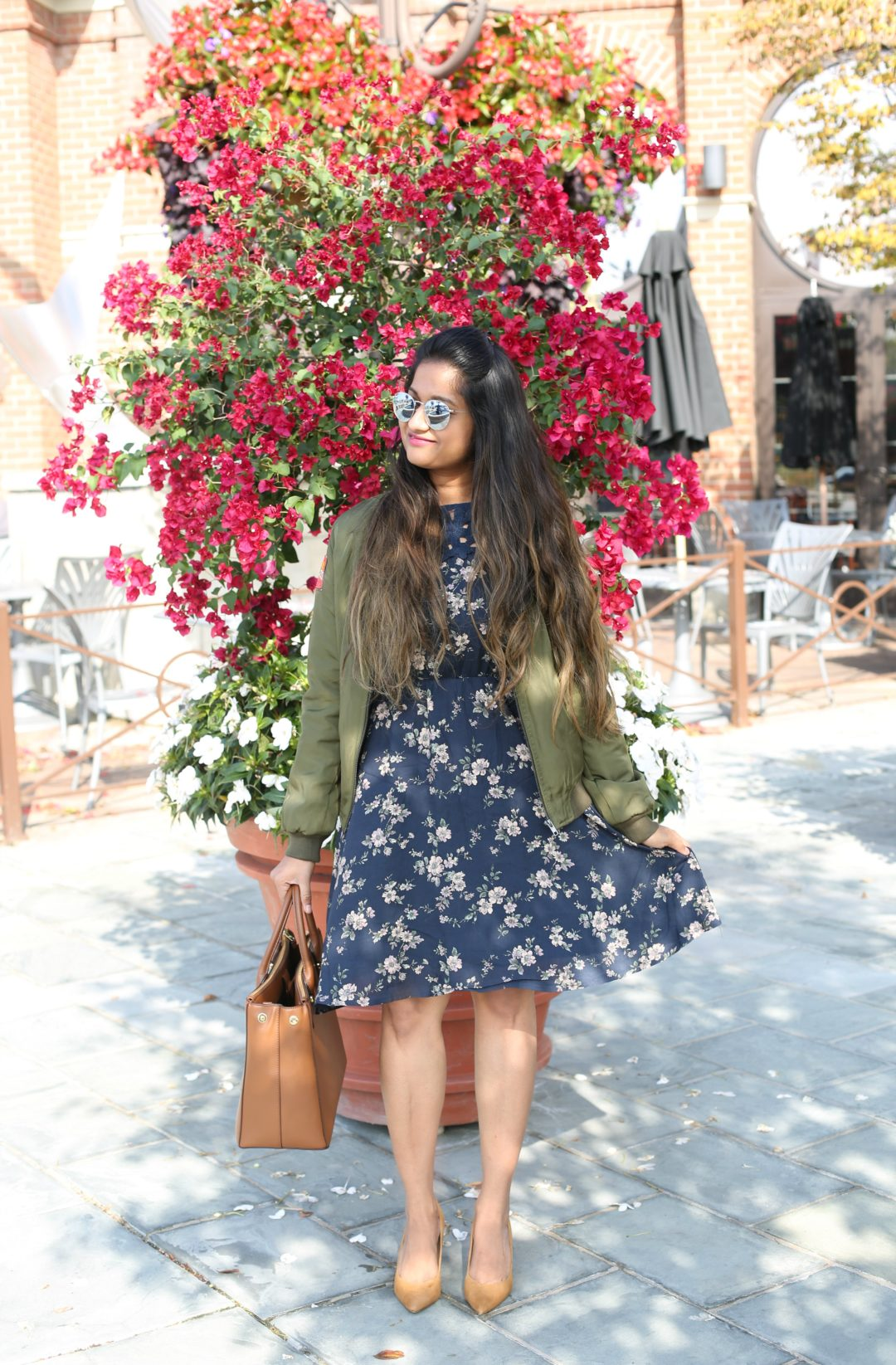 modcloth-blue-floral-dress-avere