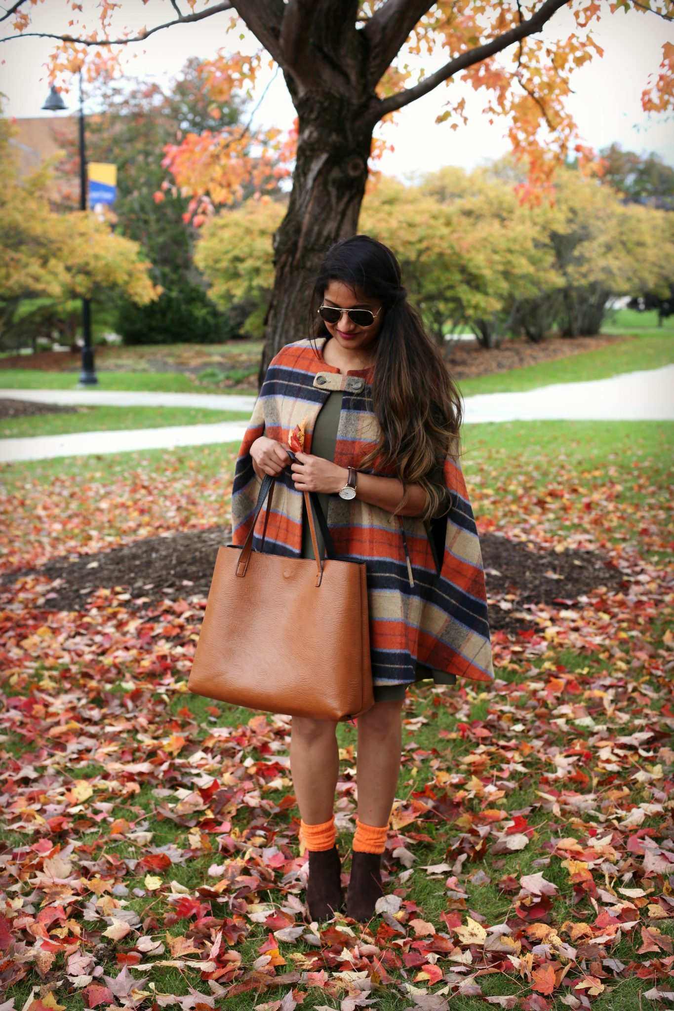 10 Colorful Fall Inspired Thanksgiving Outfit Ideas