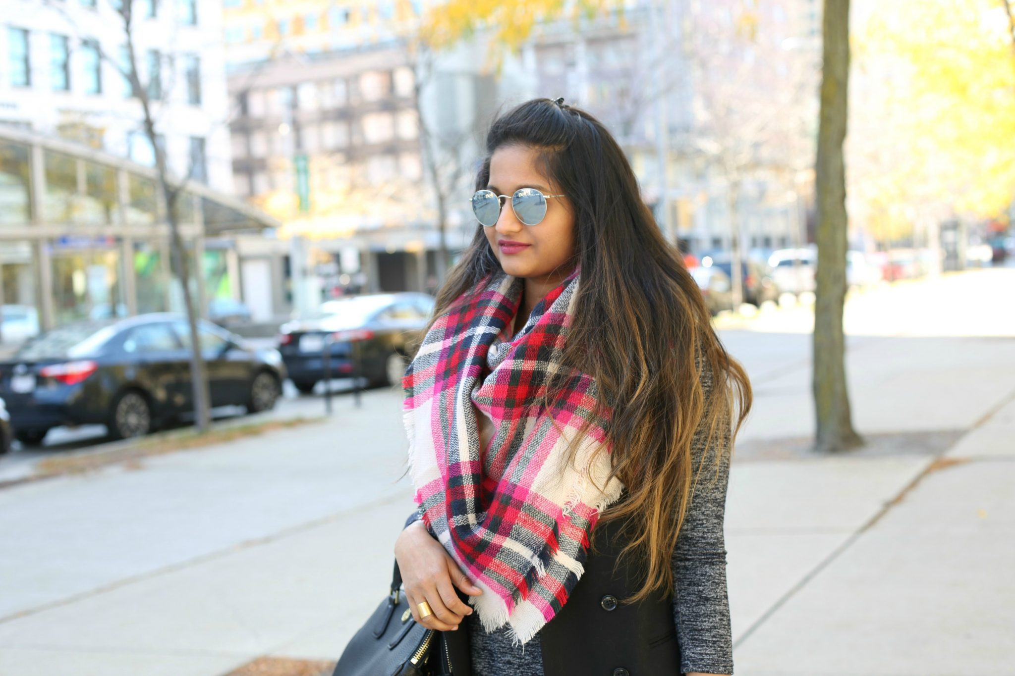 express-plaid-blanket-scarf