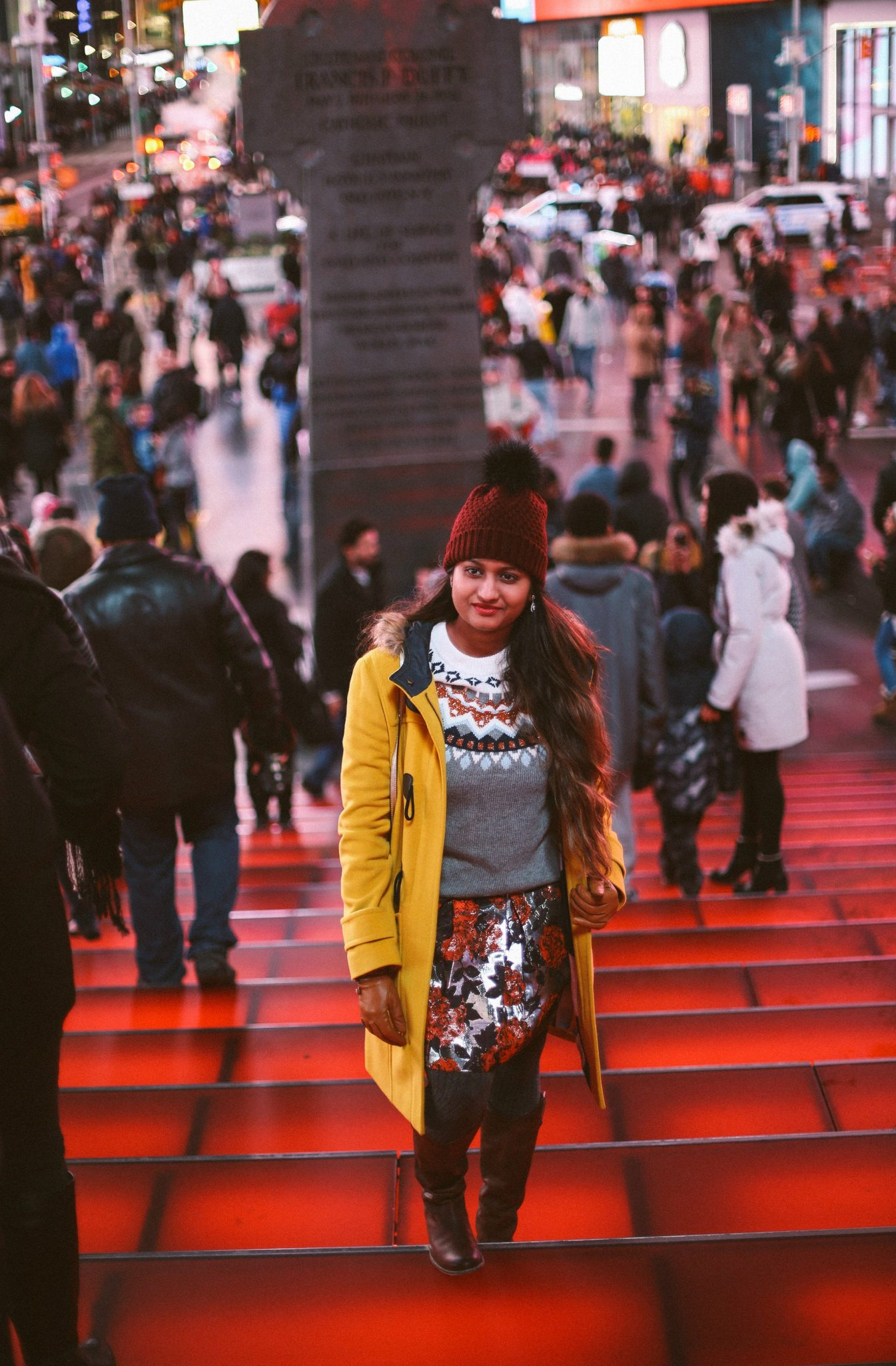 time-square-nyc-winter-outfit-ideas