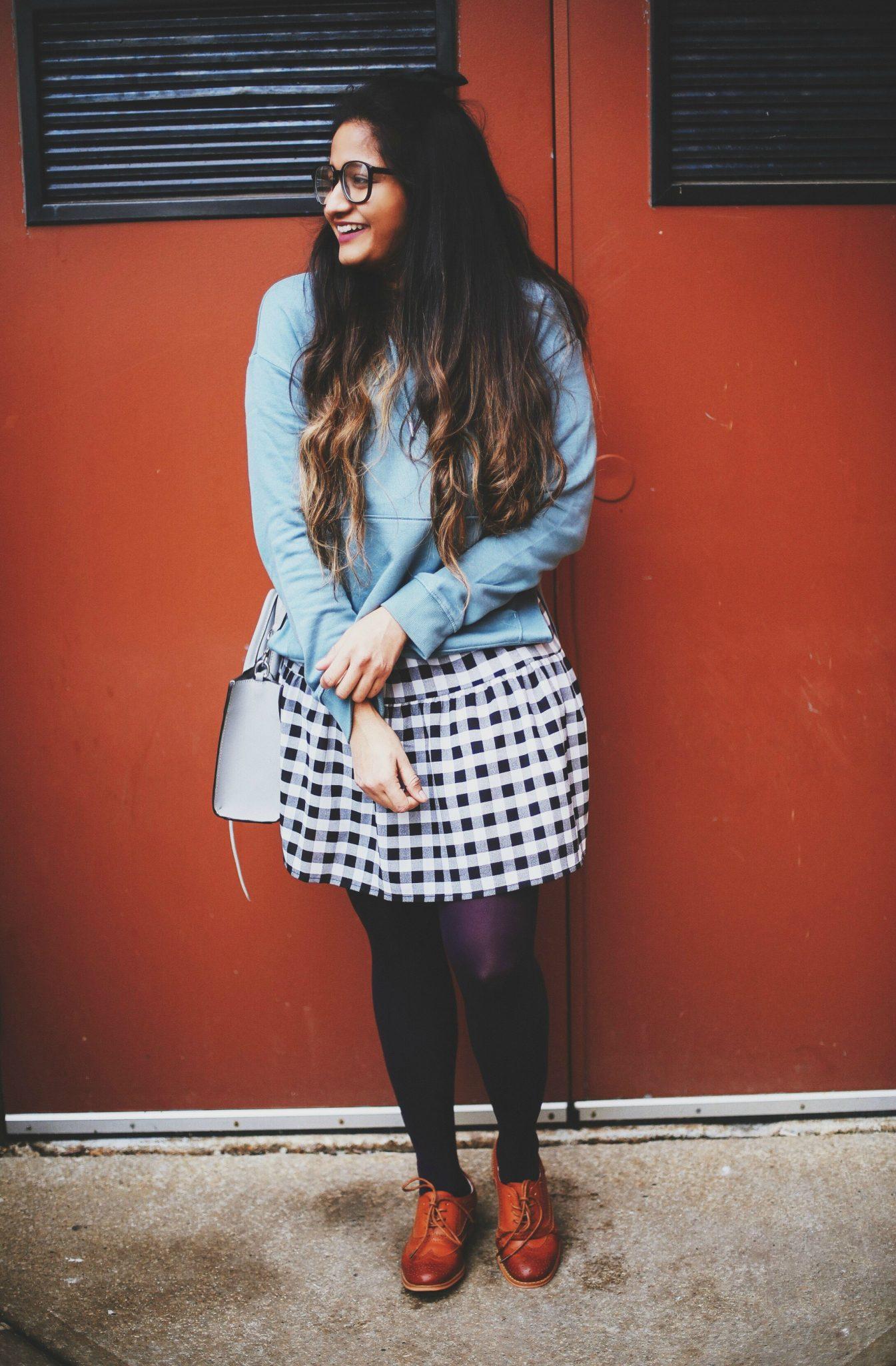 hm-sweatshirt-over-dress-look-2