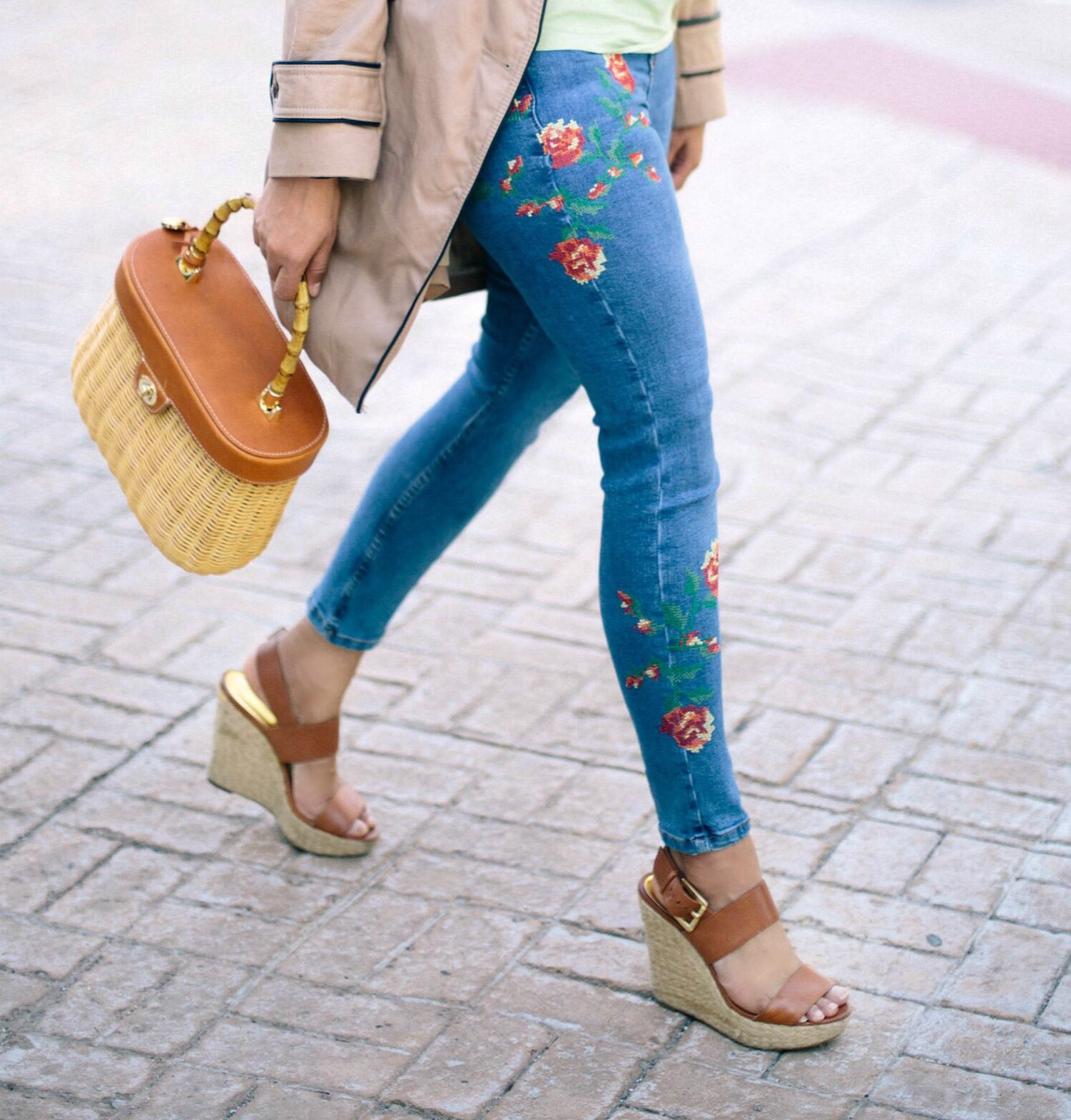 topshop-JAMIE-EMBROIDERED-SKINNY-JEANS