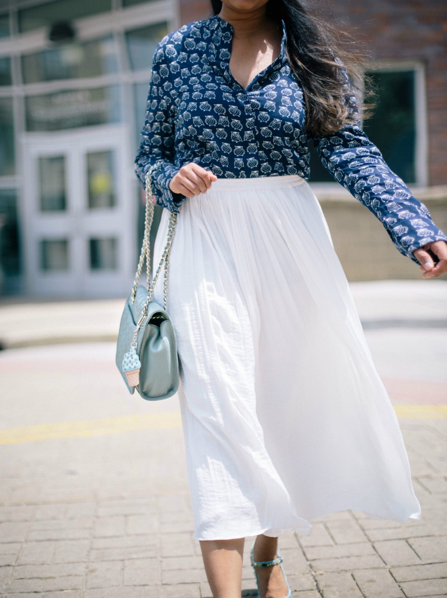 white-pleated-skirt-outfit-ideas